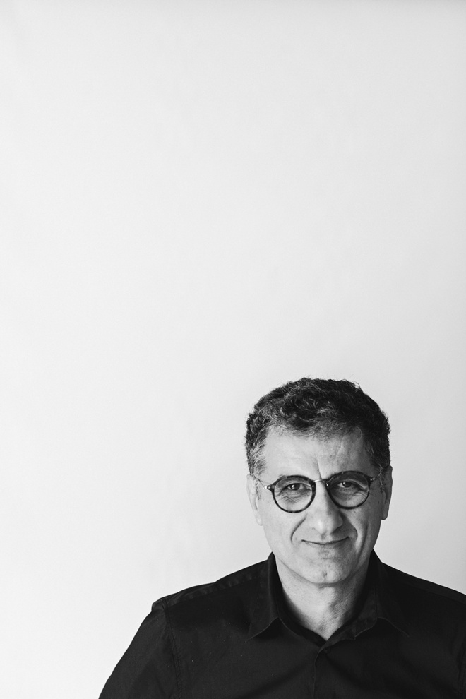 MAURO BUBBICO GRAPHIC DESIGNER